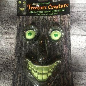 👻 treeture creature glow in the dark tree face